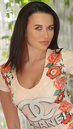 Liudmyla Kharkov 1071699