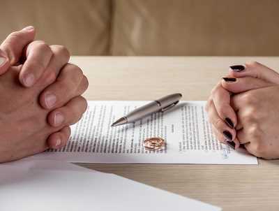 7 signs you need a divorce​​